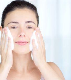 Detersione viso: tutti gli step per una pelle idratata e protetta!
