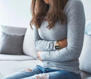 Pancia dura: tutte le possibili cause e i rimedi più efficaci