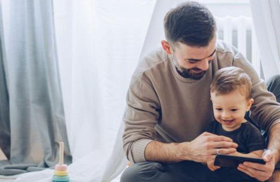 """""""Les papas ne sont pas des parents remplaçants"""" : le coup de gueule de l'humoriste Elodie Arnould"""