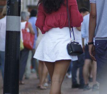 Cambodge: Un projet de loi veut interdire aux femmes de porter des jupes courtes