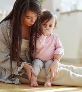 Daumenlutschen bei Kindern: Ursachen und Tipps zur Abgewöhnung
