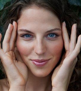 Gesichtsmassage: Die beste Anleitung für entspannte, glatte Haut