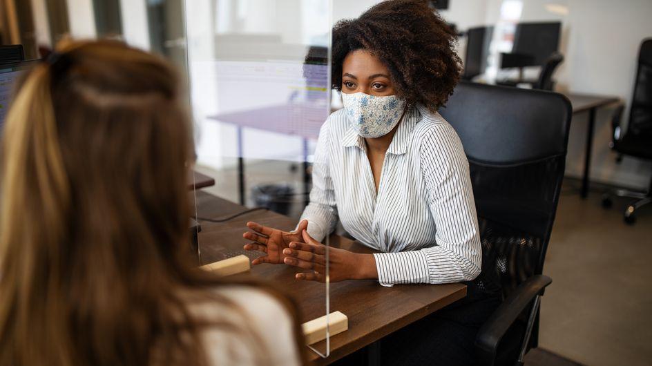 Coronavirus : d'ici fin août, de nouvelles règles sur le port du masque en entreprise seront instaurées