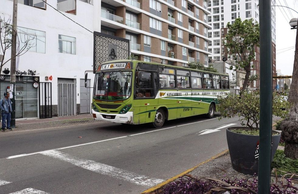 Come passare il tempo in autobus: idee e consigli per il viaggio