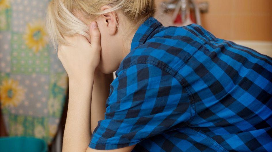 Come vomitare per liberarsi: consigli e rischi del vomito autoindotto