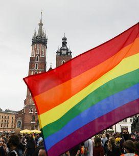 Pologne : le gouvernement finance une ville sans LGBT qui avait perdu des subv