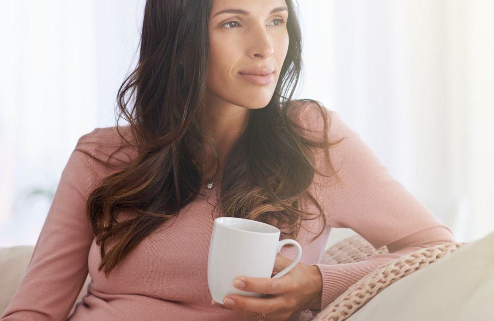 Camomilla in gravidanza: proprietà ed effetti collaterali del bere questa tisana in dolce attesa