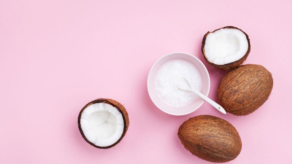 Maschera viso all'olio di cocco: 5 ricette per prepararla a casa