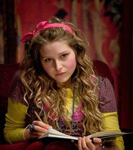 Harry Potter : L'actrice Jessie Cave révèle avoir été victime de viol et se conf