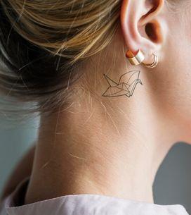 Tatuaggio dietro l'orecchio: una nuova arma di seduzione?