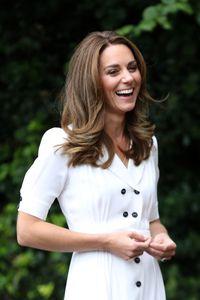 La couleur cheveux marron glacé clair de Kate Middleton