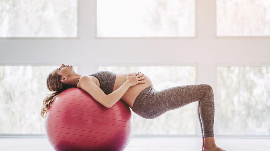 Fin de grossesse douloureuse ? Et si vous testiez les bienfaits du ballon de grossesse