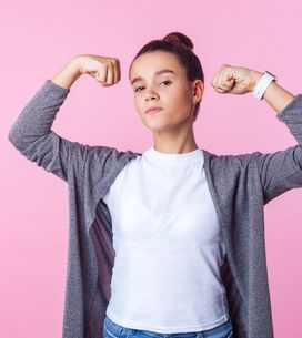 Frasi sull'essere forti: pensieri e aforismi per non abbattersi
