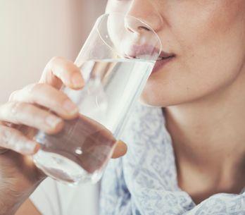 Come idratarsi bene: 10 trucchi per riuscirci