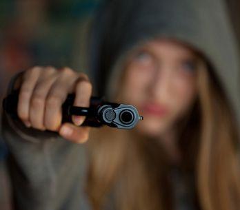 Sognare di essere sparati da qualcuno: cosa significa secondo l'interpretazione