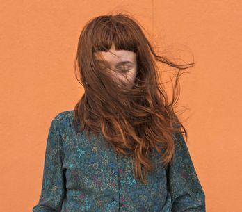 Henna-Haarfarbe: Natürlich färben mit Pflanzenhaarfarbe
