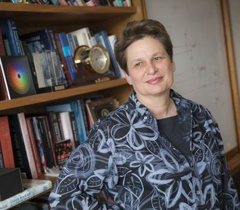 Catherine Dulac remporte 3 millions de dollars pour avoir découvert les neurones