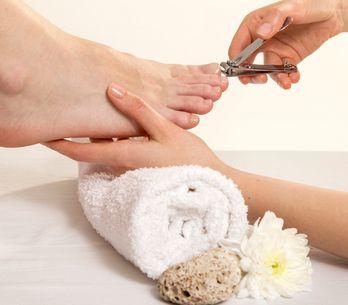 Come tagliare le unghie dei piedi: la guida definitiva e gli strumenti più adatt