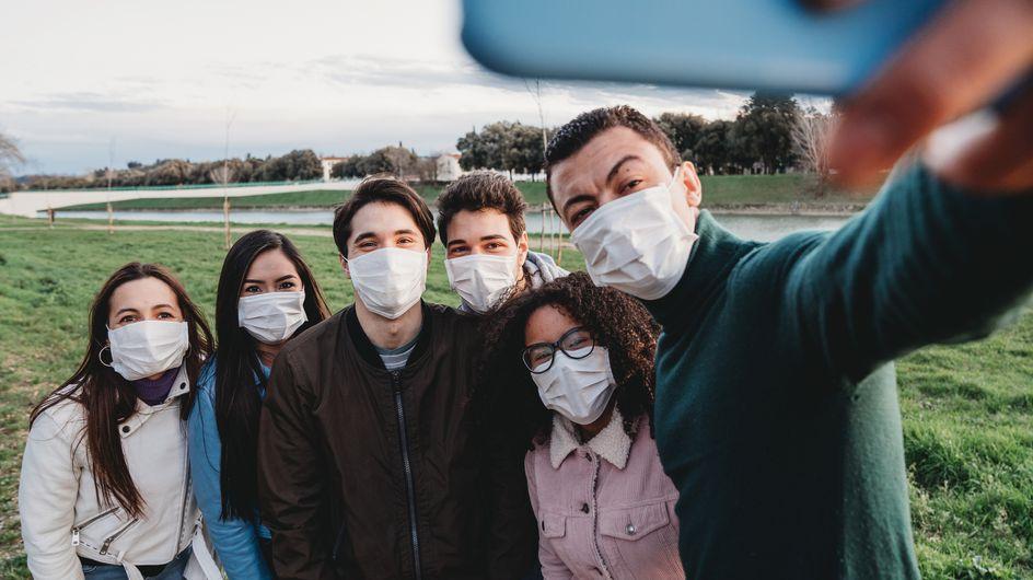 """Covid-19 : des médecins incitent à éviter les """"rassemblements privés"""""""