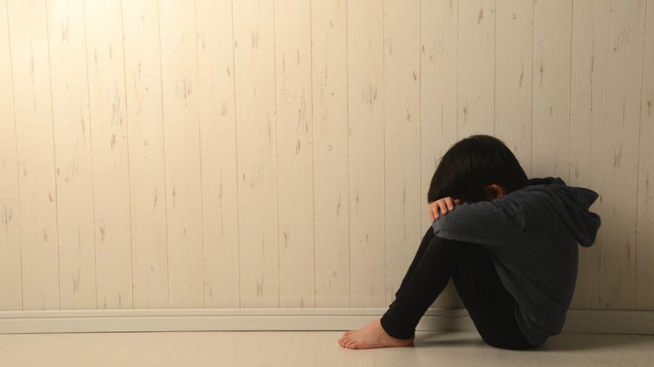 """L'enfant jeté du 5e étage par son père est """"tiré d'affaire"""""""