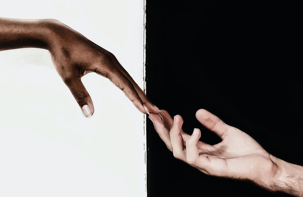 Gegensätze ziehen sich an? Warum wir uns wirklich verlieben