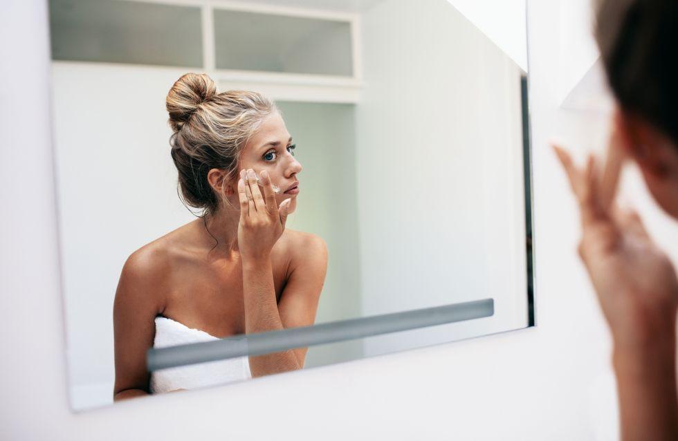 Peau déshydratée : quelle différence avec une peau sèche et quelles solutions ?