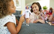 La neuroscienza lo conferma: giocare con le bambole stimola l'empatia nei bambin