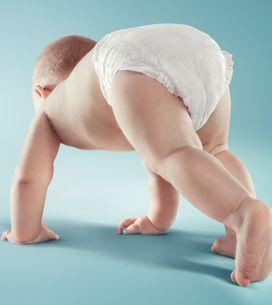 Cacca verde nel neonato: quali sono le cause di questo colore delle feci e quand