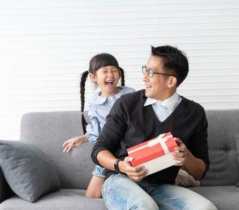Une boîte à papa : une idée originale pour la naissance de bébé