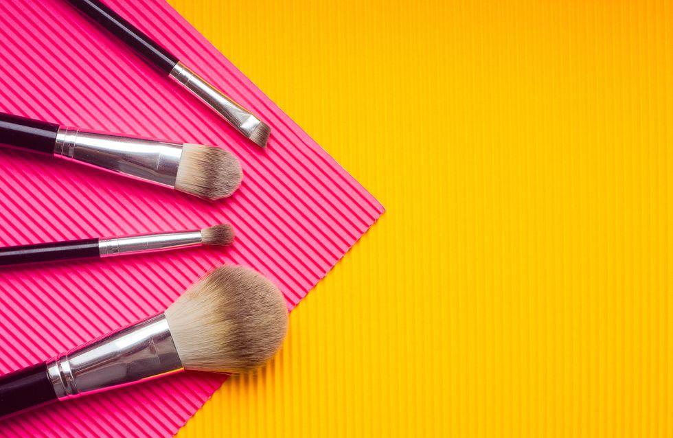 Come pulire i pennelli da trucco: 3 metodi facili ed efficaci