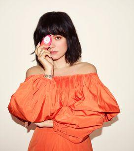 Lily Allen sort un sextoy avec la marque Womanizer pour briser le tabou autour d