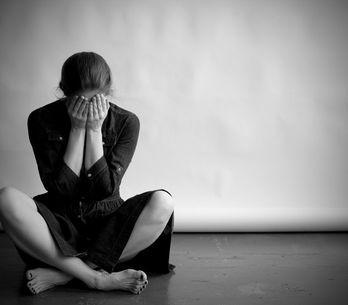 Paura del buio: quali sono le cause e come la si può superare da adulti