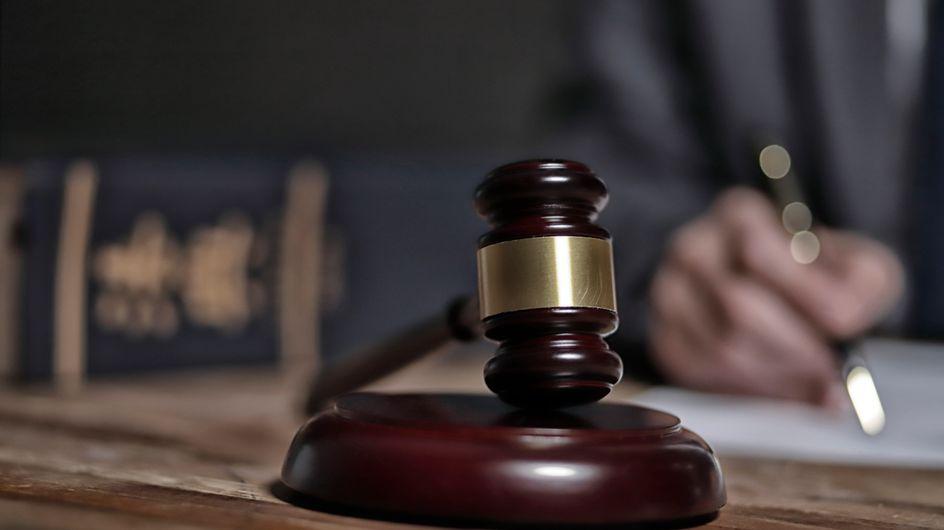 Féminicide : 25 ans de prison pour avoir tué sa compagne à coups de pied dans la tête
