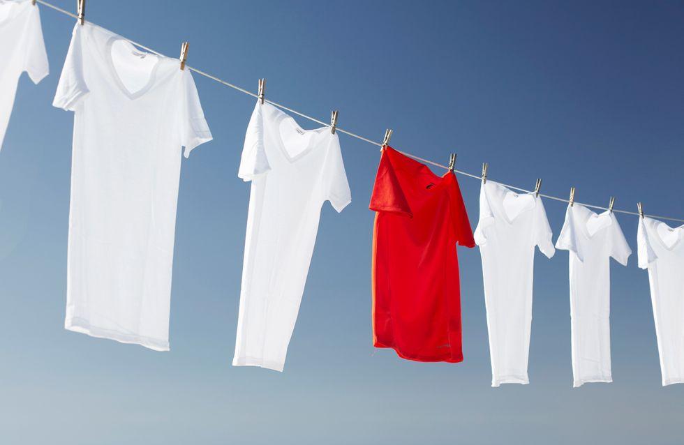 Wäsche entfärben: Tipps und Hausmittel gegen verfärbte Kleidung