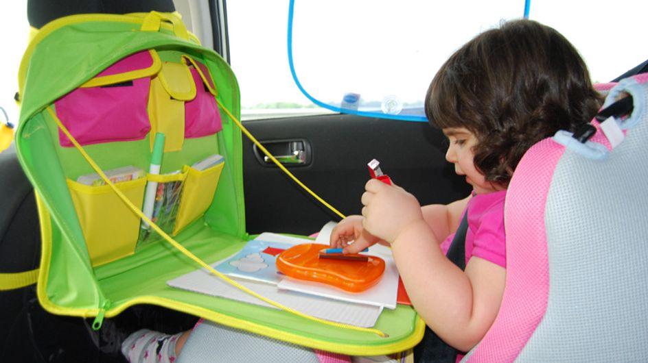 Come intrattenere i bambini in auto