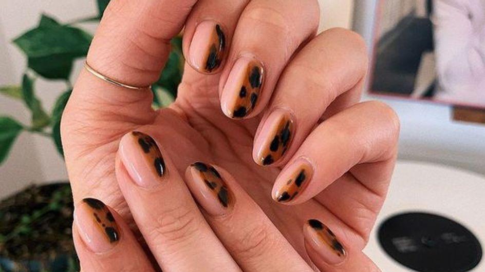 """Tuto nail art facile : la manucure façon """"écailles de tortue"""""""