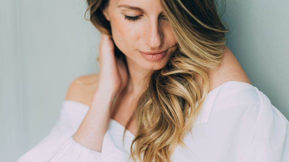 Gommage du cuir chevelu : un soin cheveux miraculeux ?