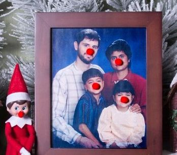 Faites vivre la magie de Noël en famille en adoptant cet elfe farceur !