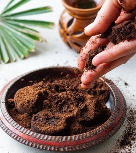 Scrub al caffè: 4 ricette per crearlo in casa con ingredienti naturali