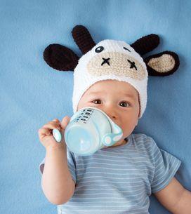 Acqua ai neonati durante lo svezzamento: quando e come iniziare