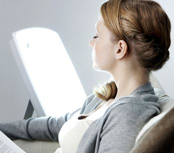 Choisir sa lampe de luminothérapie : les 5 meilleurs modèles et nos conseils