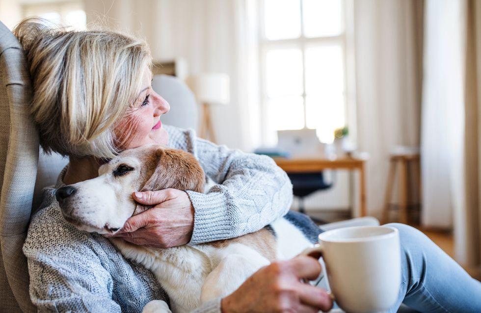 Écrire aux personnes âgées isolées pour Noël, la tendance virale qui fait chaud au cœur