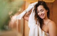 Risciacquo acido: cos'è e quali effetti ha sui capelli?