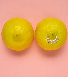 Piercing al capezzolo: il gioiello sul seno, come le star