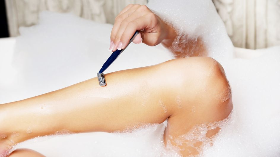 ¿Cómo evitar los pequeños granos después de la depilación o el afeitado?