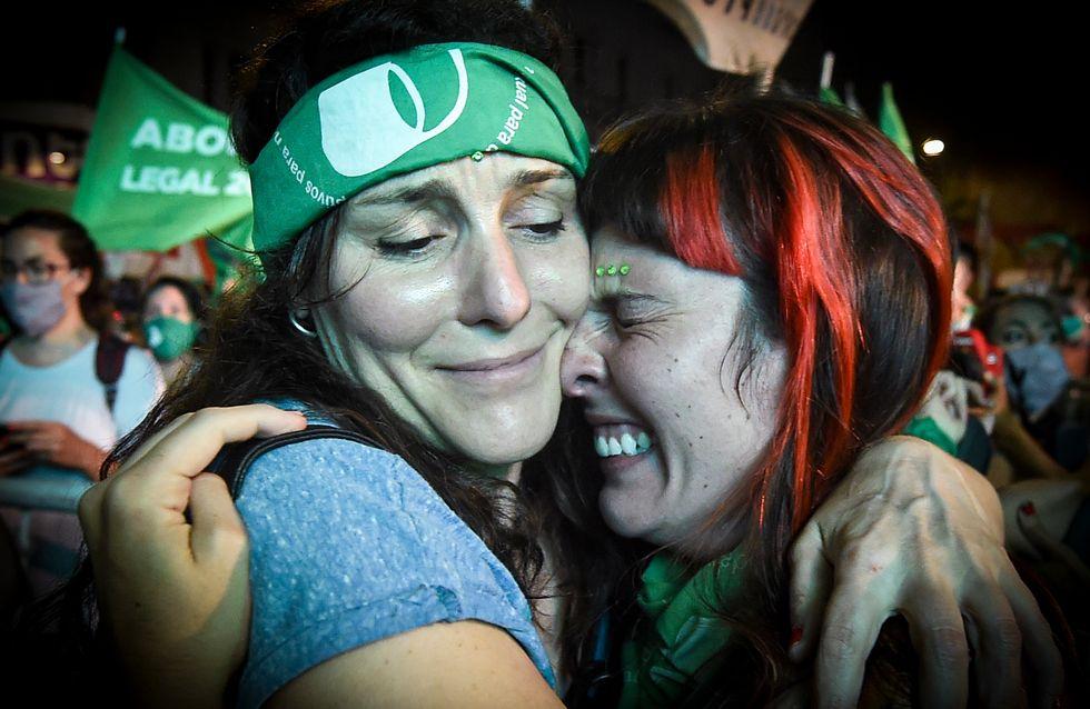 """IVG : """"Nous avons fait l'histoire !"""" Cri de joie en Argentine après la légalisation de l'avortement"""