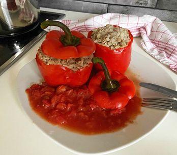 Gefüllte Paprika wie bei Oma: Himmlisch leckeres Rezept