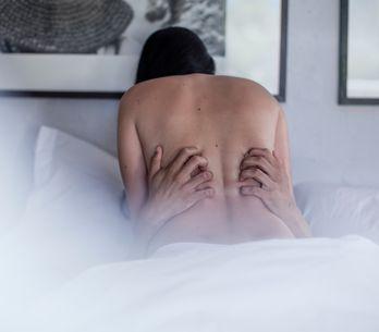 Qu'est-ce que le ''facesitting'', cette pratique sexuelle ultra sexy pour prendr