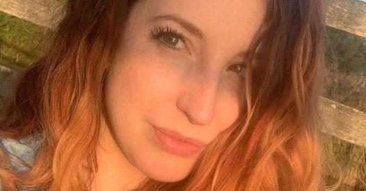 """À cause de photos jugées """"sexy"""" sur les réseaux sociaux, cette psy a été sanctionnée par la profession"""