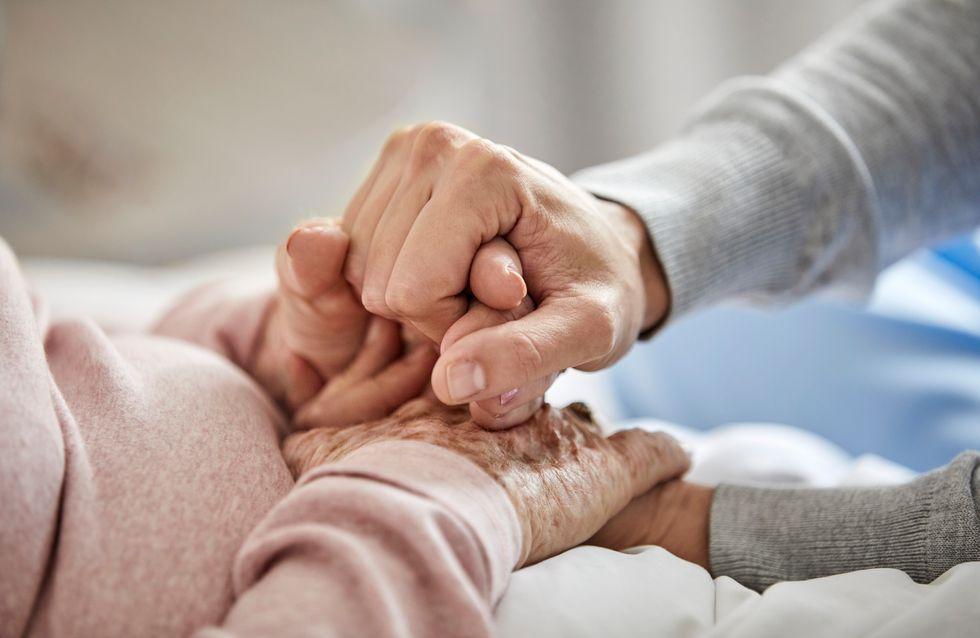 """""""Il y a une dame qui est décédée, elle c'était pas le covid, plutôt la solitude"""", Arte livre un document poignant sur la vie des plus âgés dans les EHPAD"""